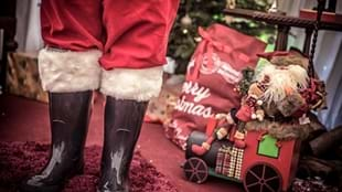Toddler Breakfast / Lunch with Santa at Thornton Hall Country Park