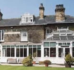 Dimple Well Lodge Hotel