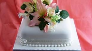 Botham's of Whitby Wedding Cakes