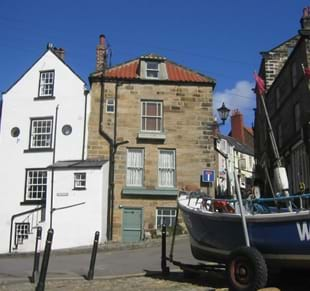 Things to see and do in the Robin Hood's Bay area