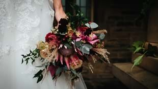 Choosing Your Wedding Flowers