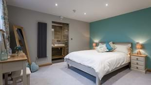 5 Woods Aparthotel, Storthes Hall Park