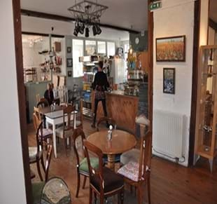 The Artisan Cafe @ The Geall Gallery