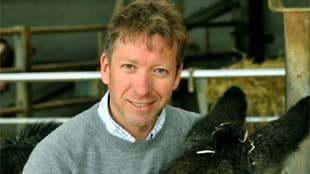 Julian Norton: On Call with The Yorkshire Vet